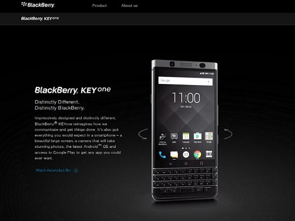 "BlackBerryを使っていると""デキる感""を醸し出せる?(BlackBerryの公式サイトより)"