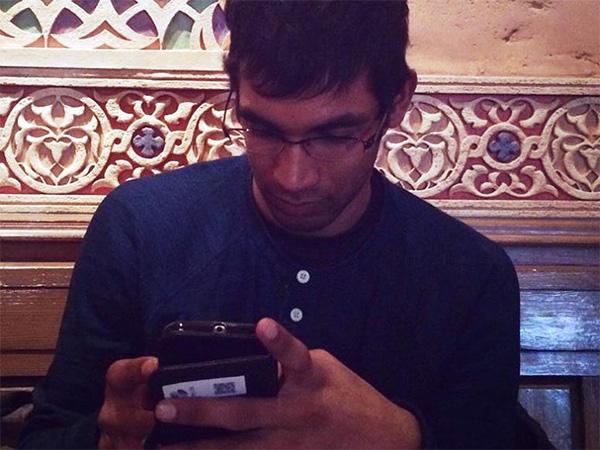 インドのスマホ事情を教えてくれたインド人のロイットさん。インドでは、どんなアプリが使われているのだろうか?