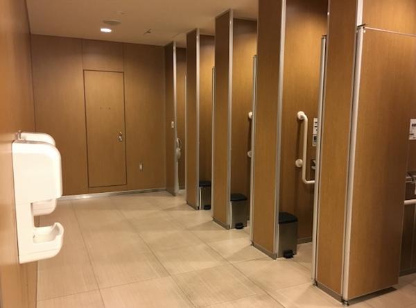 トイレの空き状況を通知することで混雑緩和へ
